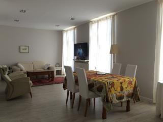 Impecable piso, céntrico, reformado, wifi, Donostia-San Sebastián