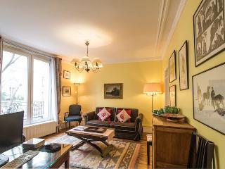 Caulaincourt Classique-one bedroom in Montmartre, París