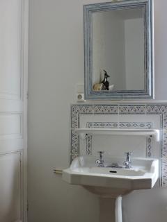 lavabo dans les 2 chambres du 1er étage