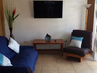 Modern Apartment Steps Away from the Beach!, San Juan