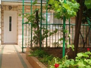 Hvar Town - Tarro Appartments - Garden 2 Bedroom