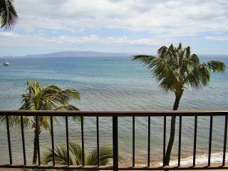 Sugar Beach Resort 1 Bedroom Ocean Front PENTHOUSE 28, Kihei