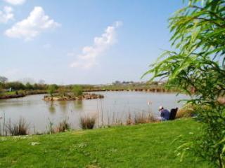 Free Coarse Fishing, 'Admiral Lake' one of two Coarse Fishing Lakes.