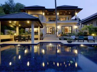 EMERALD: 7 Bedroom, Private Pool Villa, near Beach, Nai Harn