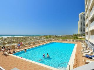 DIRECT GULF-FRONT, superb view, huge balcony, pool, grill, free wifi, parking