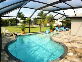 Villa Kameter,huge pool, BBQ,  Wi-Fi,min. to beach, Cape Coral