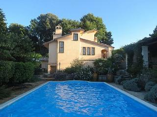 Campagnano di Roma Villa Sleeps 9 with Pool and WiFi - 5229212