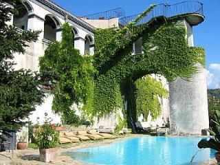 Villa Aulica