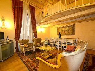 3 bedroom Apartment in Florence, Tuscany, Italy : ref 5229207