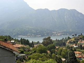 Bellagio Apartment Sleeps 6 with Air Con and WiFi - 5229222