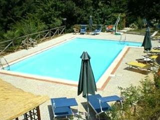 2 bedroom Villa in Pescia, Tuscany, Italy : ref 5229236