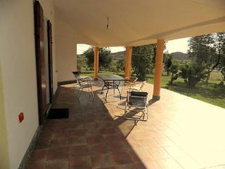 Villa Sinedina A, Tertenia