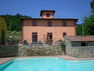Villa Lacustre, San Casciano in Val di Pesa
