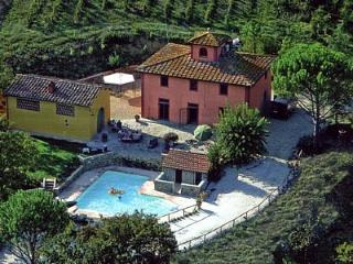 Certosa Villa Sleeps 12 with Pool Air Con and WiFi - 5229298