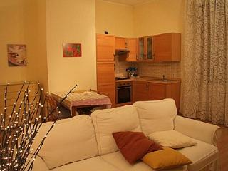 Sarnico Apartment Sleeps 4 with Air Con and WiFi - 5229312
