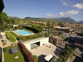 2 bedroom Villa in San Felice del Benaco, Lombardy, Italy : ref 5229313