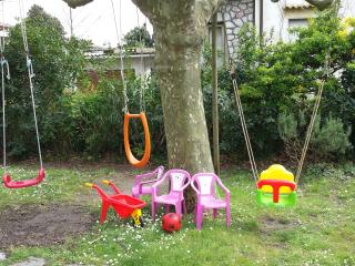 Marina di Massa-Toscana-giardino-posto auto-wifi