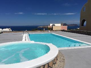 Apartment with Caldera view for 2 people, Santorini