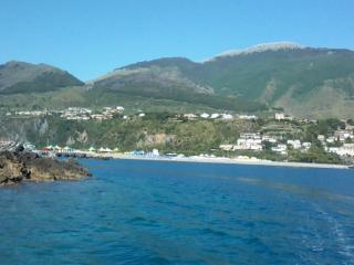 ATTICO CON ARIA CONDIZIONATA A 30 MT DAL MARE, Tortora Marina