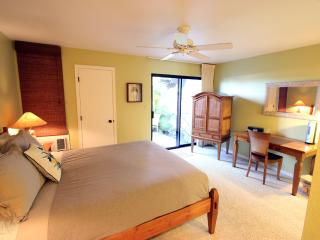 1BR Walk to Highest Rated Beach, Waterfall Pool!, Kihei