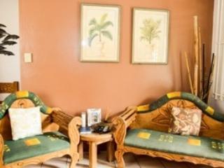 Villa #2 livingroom