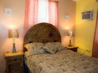Villa 1 master bedroom