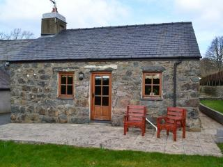 Beautiful Pandy Cottage at Chwilog near Criccieth.
