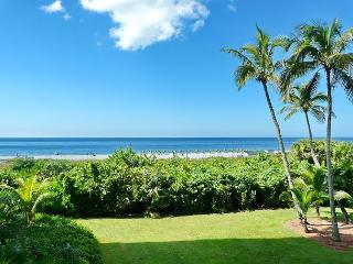 Newly-remodeled beachfront condo w/ hot tub, heated pool & tennis courts