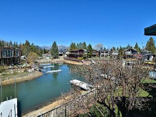 3BR/2BA 'The Bear Cabin' Tahoe Keys, Water & Mountain View Balcony, Sleeps 6, South Lake Tahoe