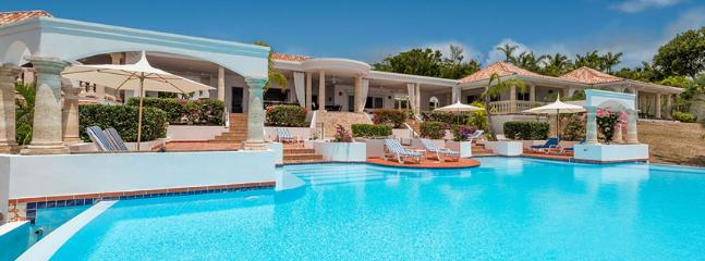 Villa Mariposa SPECIAL OFFER: St. Martin Villa 321 A Superb Private Home With 180º Views Of The Crystal Blue Waters Of The Caribbean And The Setting Sun., Terres Basses