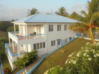 Sunrise Garden - 1 Bed Self Catering Apartment, Calibishie
