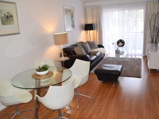 City 3BR, free WiFi, free parking, Adelaida