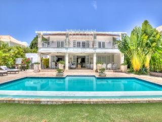 Classic Luxury Vacation Villa in Gated Punta Cana Community