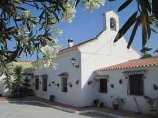 Escuela La Crujia Bed and Breakfast, Velez-Malaga