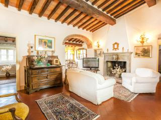 PADRONALE living room