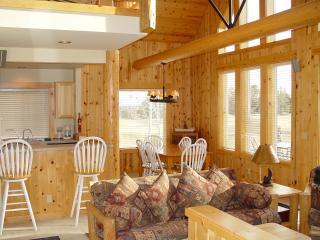 Eagle Crest Resort Vacation Rentals - Birdie18,LLC, Redmond
