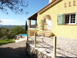 Salandelle, cottage style villa with heated pool, Tourrettes