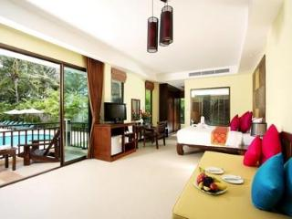 Ocean View Suites in Tranquil Khao Lak Resort HOL3554