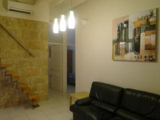 3 Bedrooms Apt-loft 1/6 pers. 54Sqm 8 Min Beach