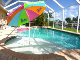 Waterfront Marco Pool Dock Lift Weekly * Families, Marco Island