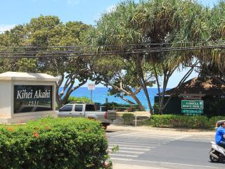 Best Location & Value; 1BR Steps to Beach (KAC213), Kihei