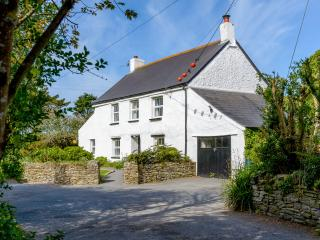 Traditional Self Catered Cottage in Watergate Bay
