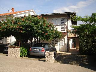 Apartment with terrace Dragica 141 in Malinska