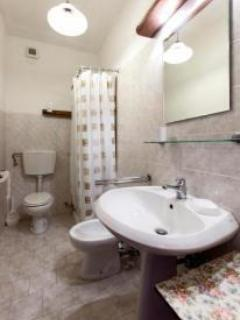 bagno appartamento 1° piano