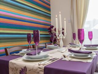 Dining table dressed.  All items are available in apartment for you to re-create