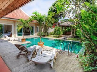 Big 3br villa privacy pool & nice garden, Rawai