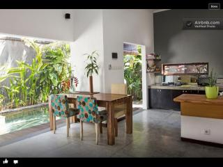 Homy cozy 2 bedroom + plunge pool villa, Kerobokan