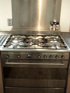 Smeg electric oven with gas hob