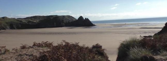 Three Cliffs Bay - 15 minutes walk!