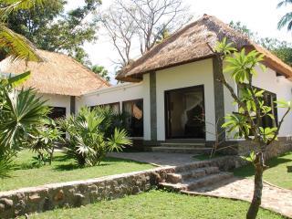 4BR Beachfron Villa at coral reef